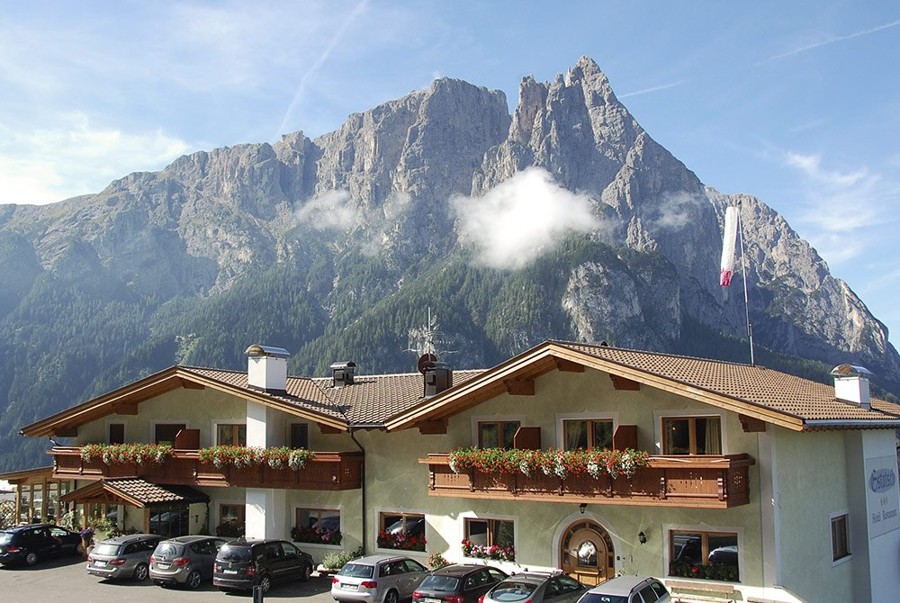 Welcome to the Hotel Gstatsch - Your panorama hotel on the Alpe di Siusi