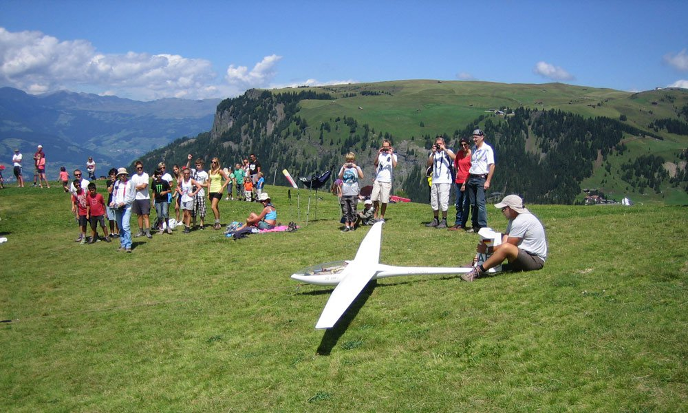Airplane model on the Spitzbühlon the Alpe di Siusi