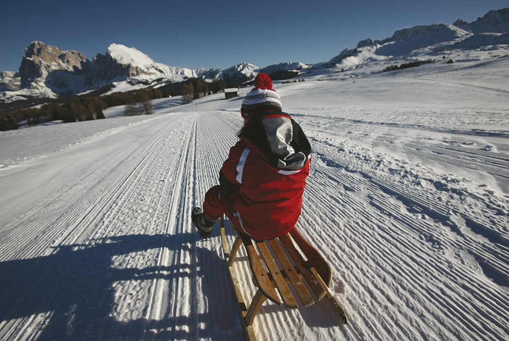 Right on track: tobogganing and ice-skating on the Alpe di Siusi